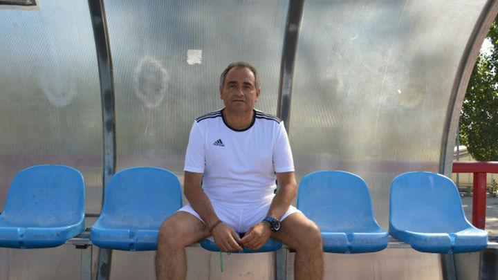 Un repaso con Javier Baños a sus 30 años en los banquillos del fútbol madrileño