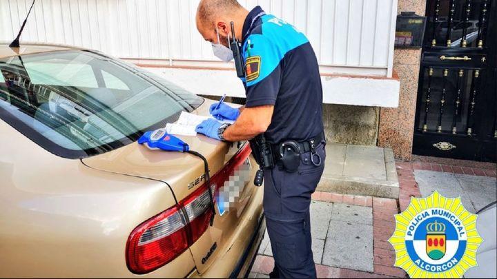 La Policía de Alcorcón interviene en un cumpleaños en un bar sin licencia, sin mascarillas y exceso de aforo