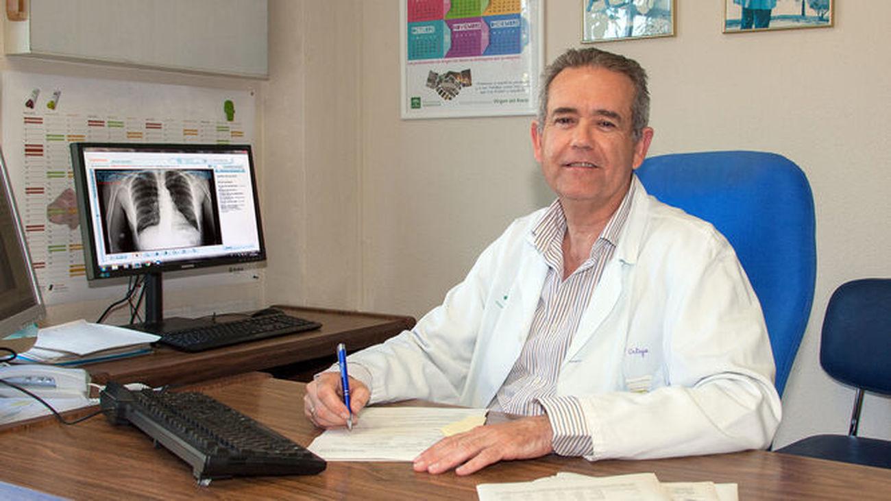 Doctor Francisco Ortega, director de la Unidad de Gestión Clínica de Respiratorio y Cirugía Torácica del Hospital Virgen del Rocío de Sevilla