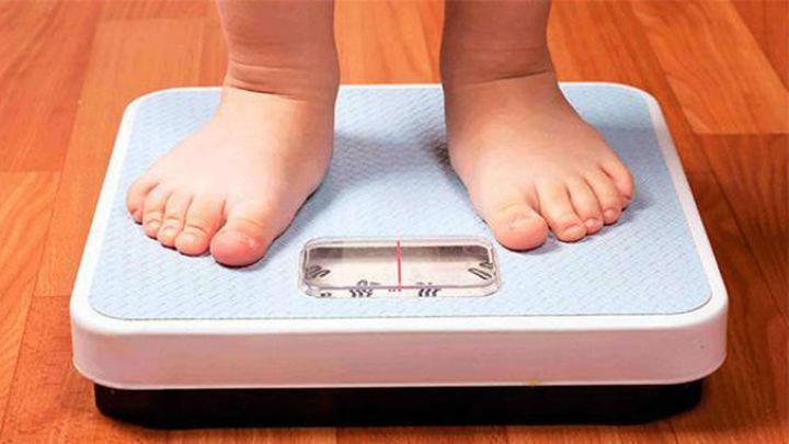 Cerca del 40 % de los niños españoles de entre 3 y 8 años tiene obesidad o sobrepeso