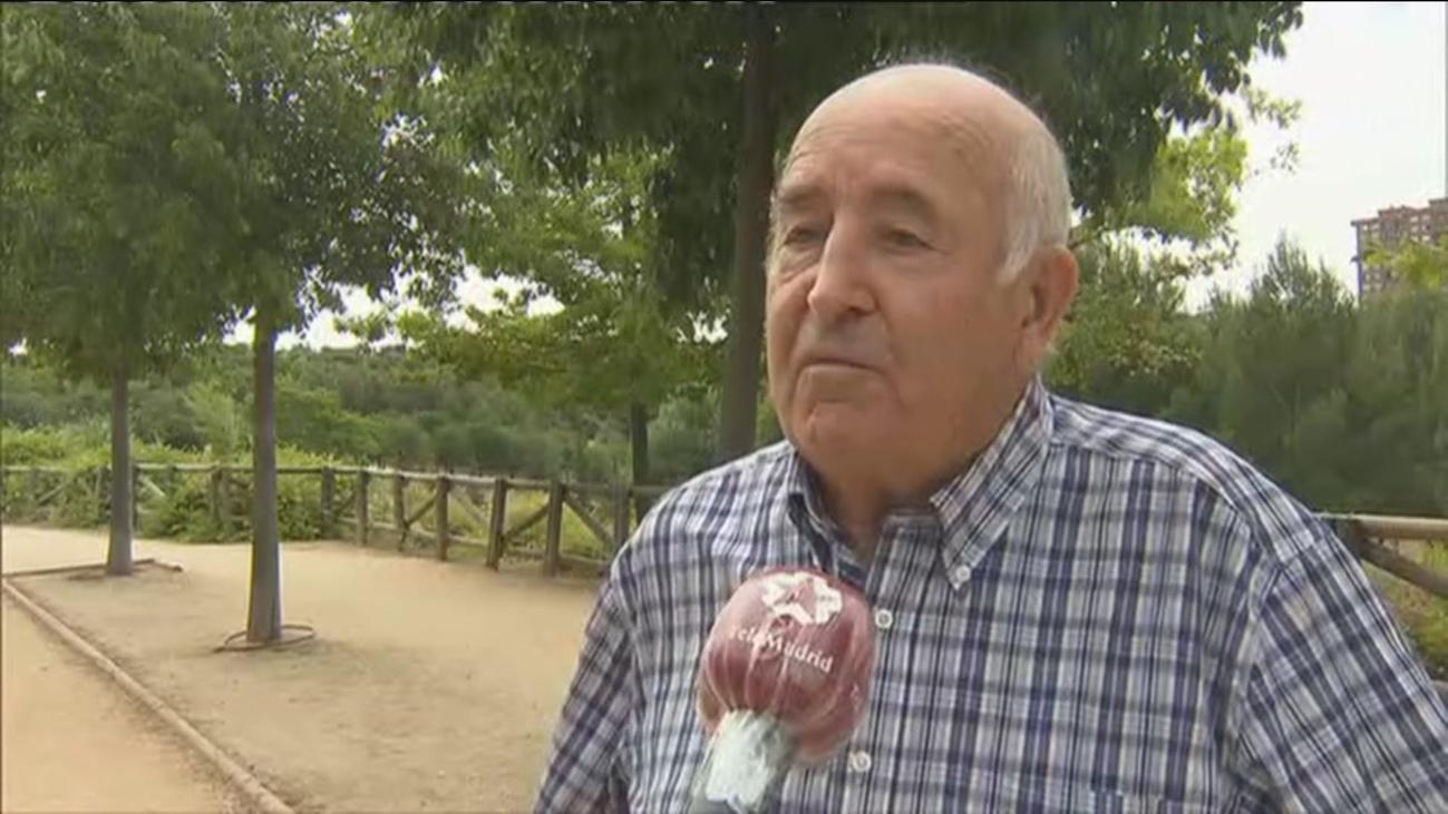 Jacinto y una historia de solidaridad en Moratalaz tras un libro olvidado