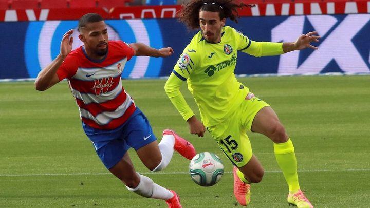 2-1. Dos errores castigan al Getafe ante el Granada