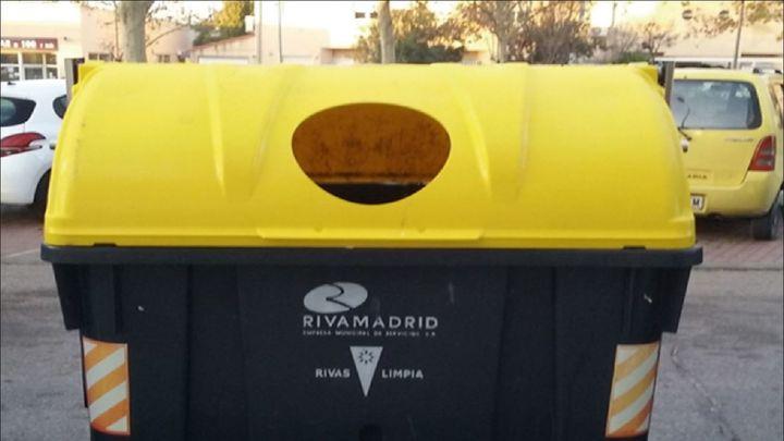 Rivas Vaciamadrid estudia encargarse de la gestión de residuos de vidrio, envases y ropa