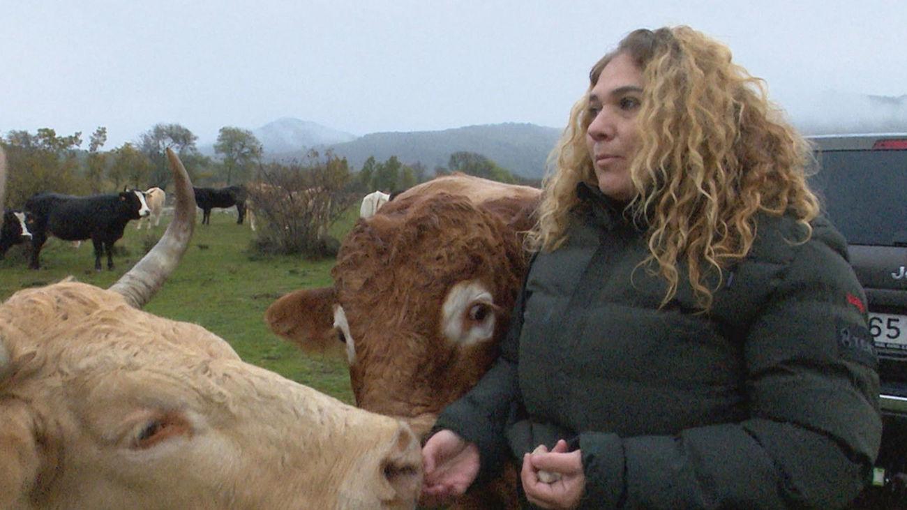 """Eva Maria Gallego, alcaldesa de Madarcos: """"Se ha empadronado una familia de 4 miembros, ya somos 55"""""""