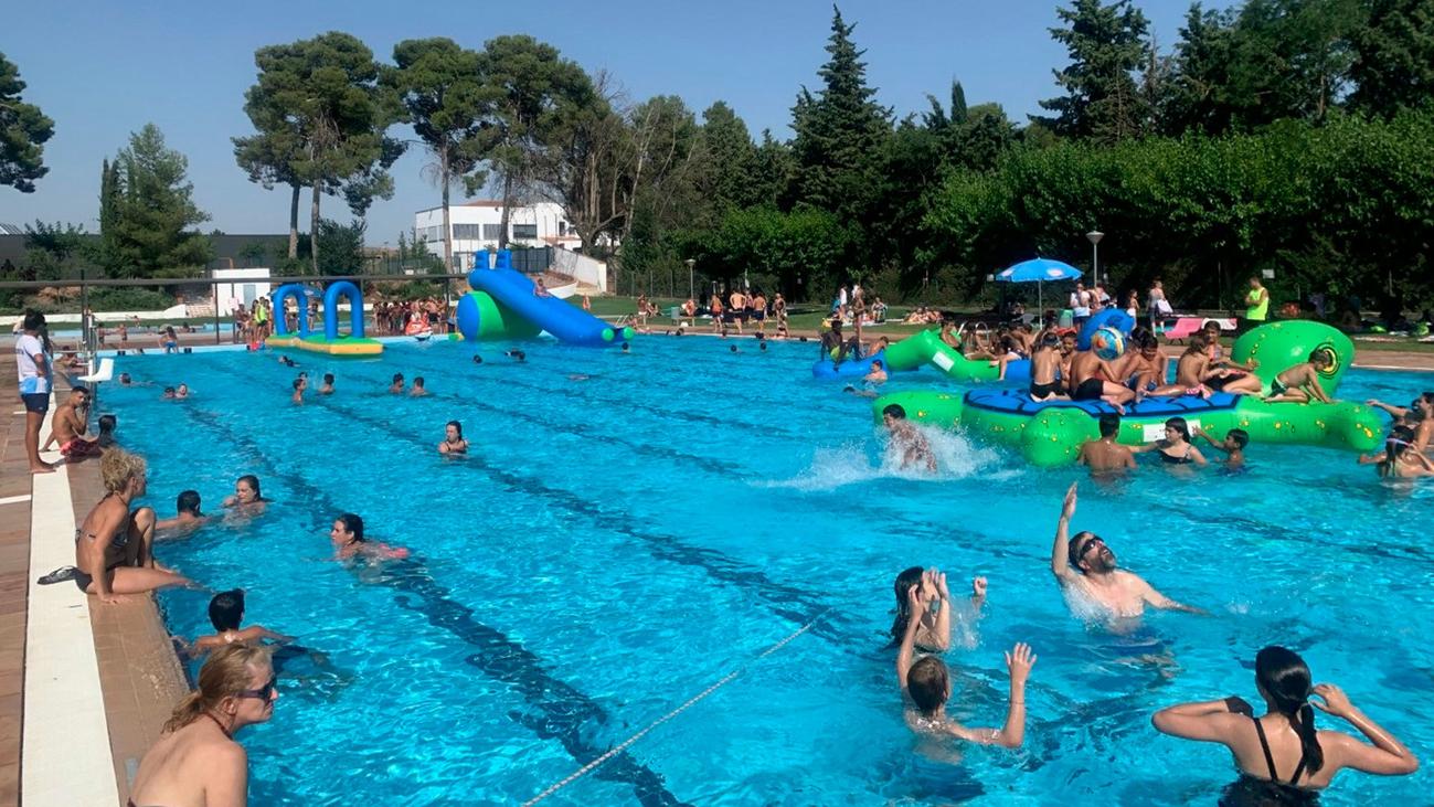 ¿Las familias numerosas pueden ir a las piscinas?