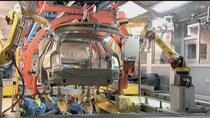 El Gobierno presenta un plan de 3.750 millones para el sector del automóvil