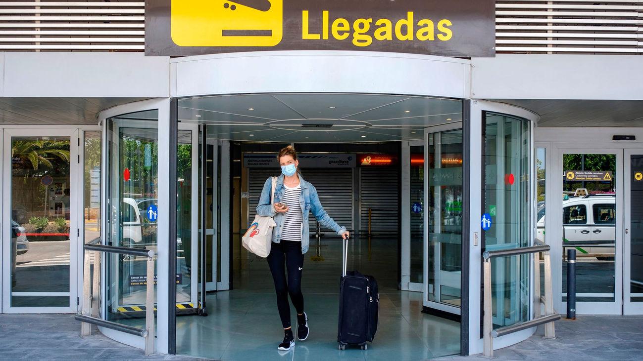 España se abre al turismo pensando en la recuperación económica