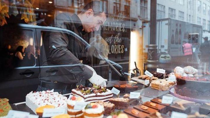Formación para futuros pasteleros en la Agencia para el Empleo de Madrid
