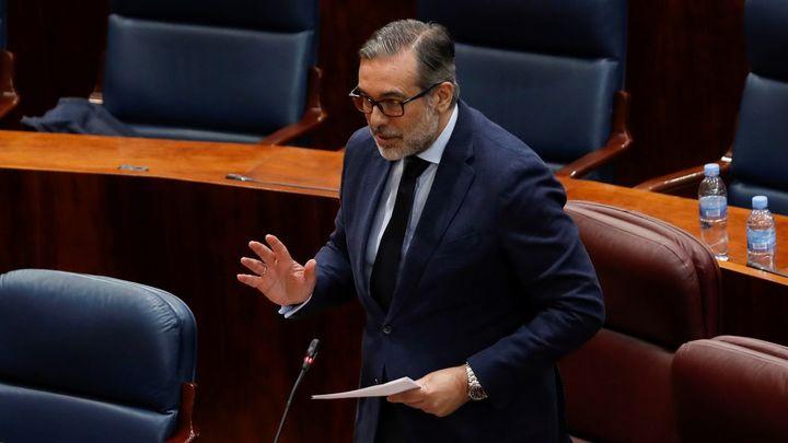 """Enrique López: """"Barajas es un vector del virus y lamento la irresponsabilidad de Ábalos que frivoliza con el mal"""""""
