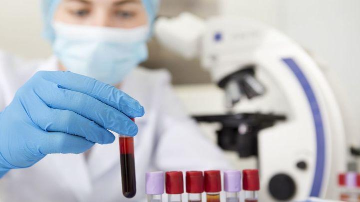 """Javier Anguita: """"Sabemos históricamente que el grupo sanguíneo influye en la respuesta a virus o bacterias"""""""