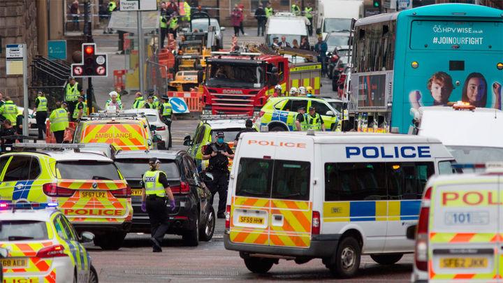 La Policía abate a un hombre que asaltó un hotel de Glasgow con un cuchillo