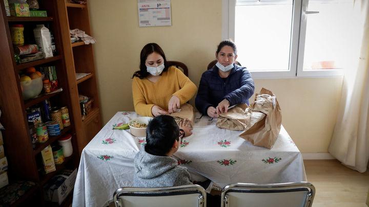 Casi 7.400 familias madrileñas han recibido el primer pago del Ingreso Mínimo Vital