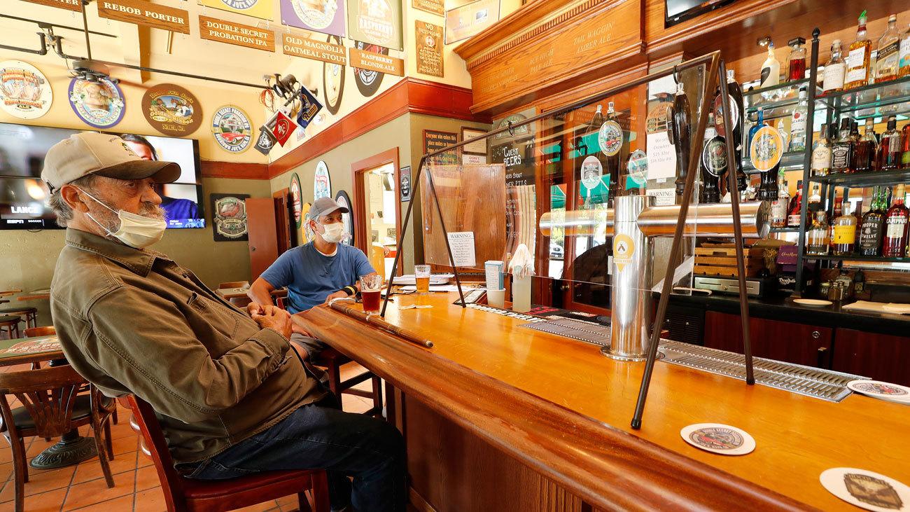 Texas ordena el cierre de bares