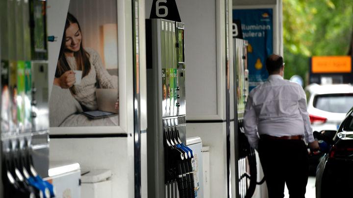 El IPC sube seis décimas en  junio, hasta el -0,3%, por las gasolinas y la luz