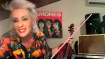 Judith Mateo, la primera violinista rockera de España