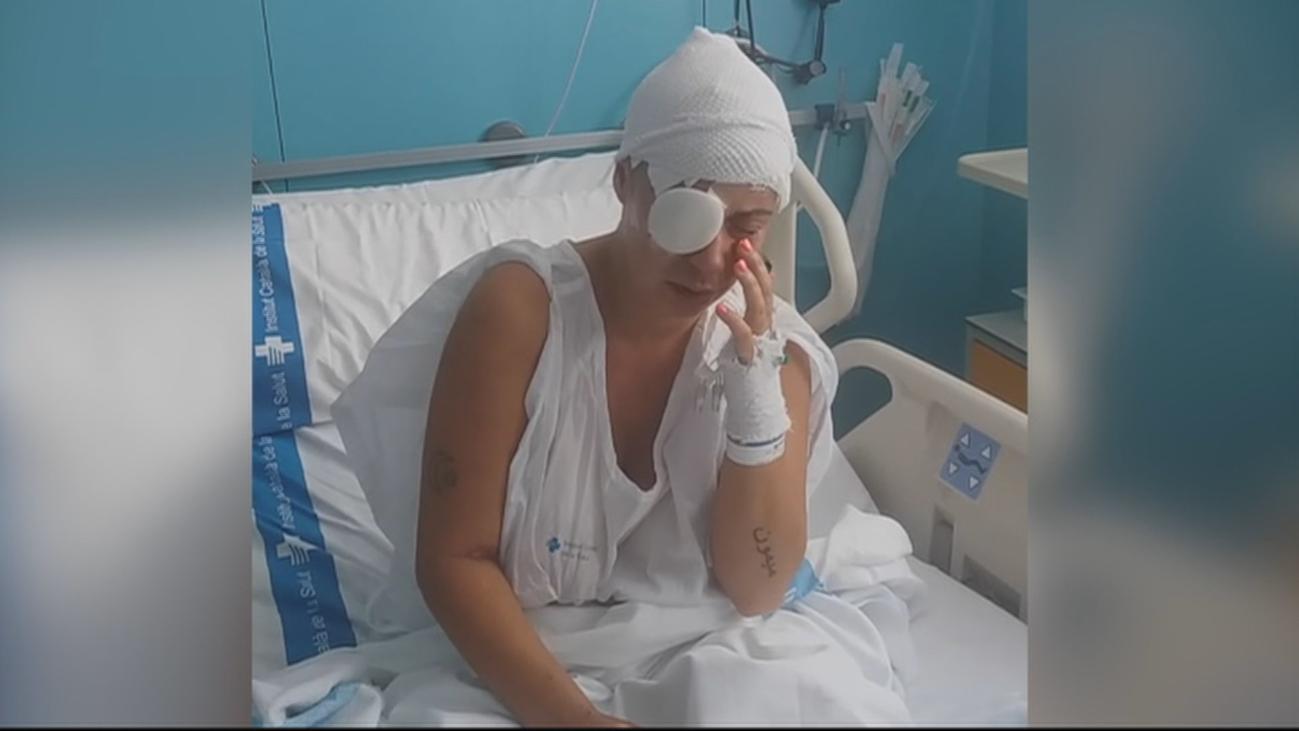 Un hombre rocía con sosa cáustica a una mujer y a su hija en Sant Feliu de Guíxols