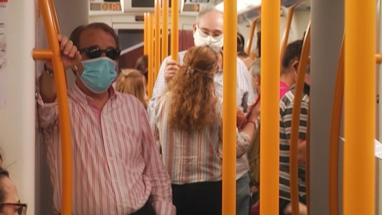 """""""Las aglomeraciones en el metro pueden aumentar la propagación del virus"""""""