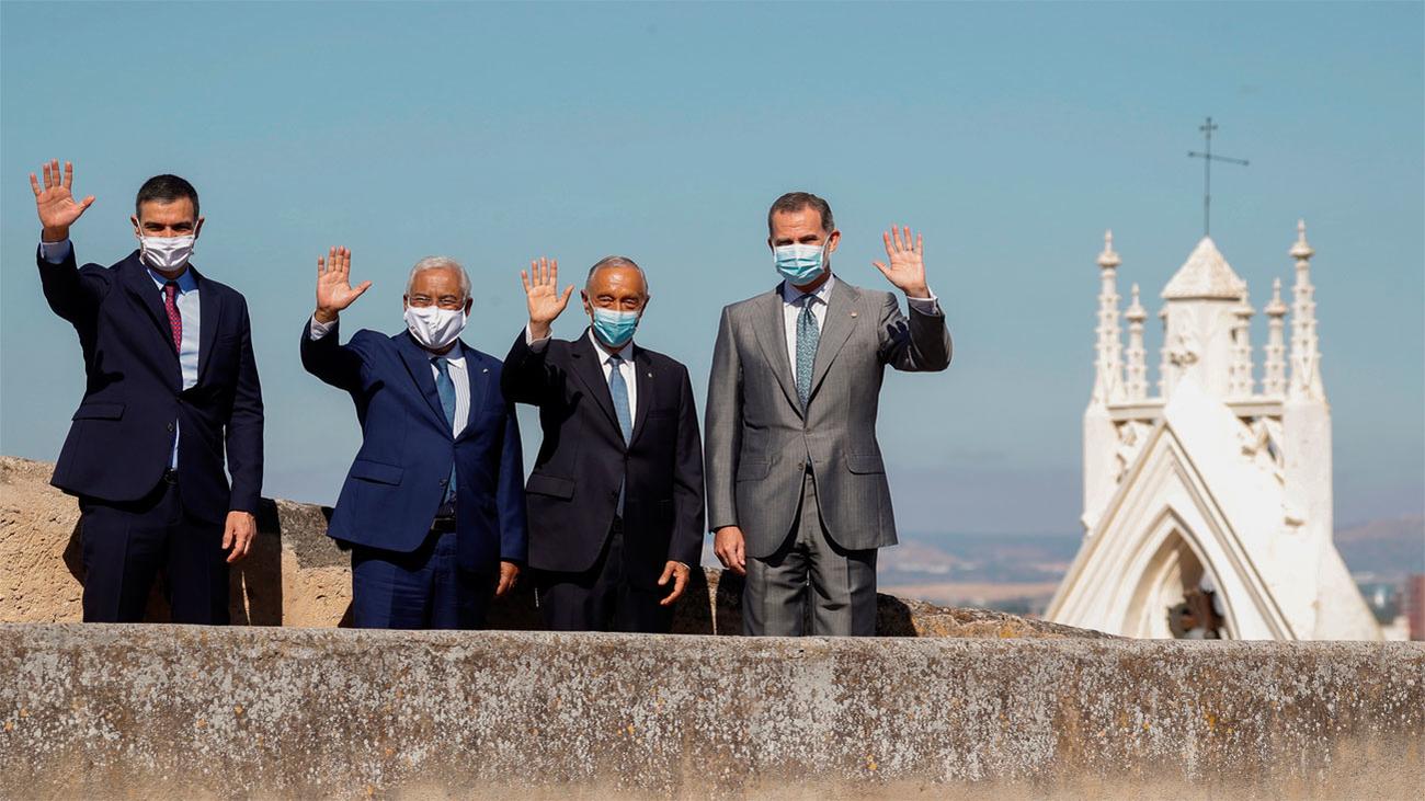 España y Portugal reabren sus fronteras con un acto cargado de simbolismo