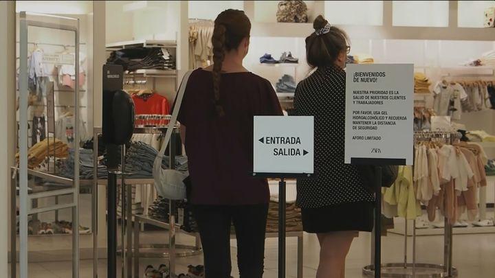 Las zonas comerciales de Madrid pierden un 55% de público y un 67% de consumidores, según un estudio