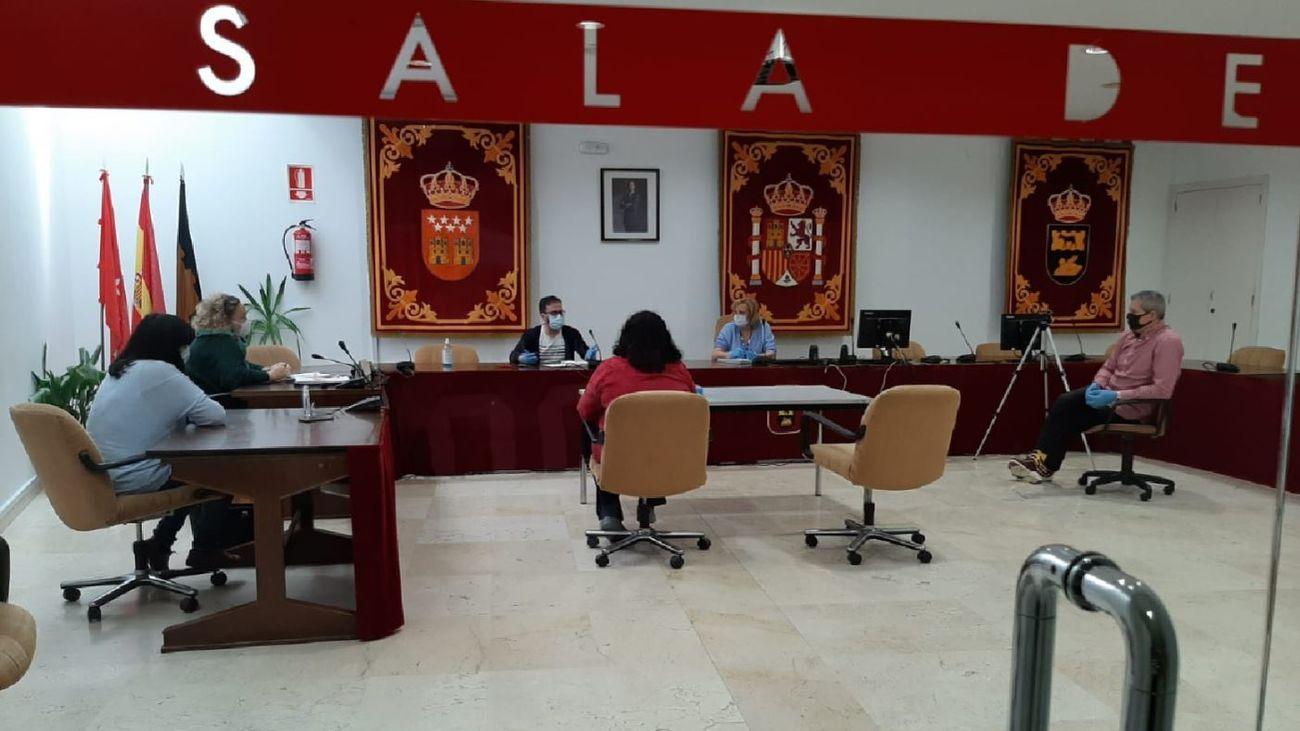 Reunión en el Ayuntamiento de San Martín de la Vega