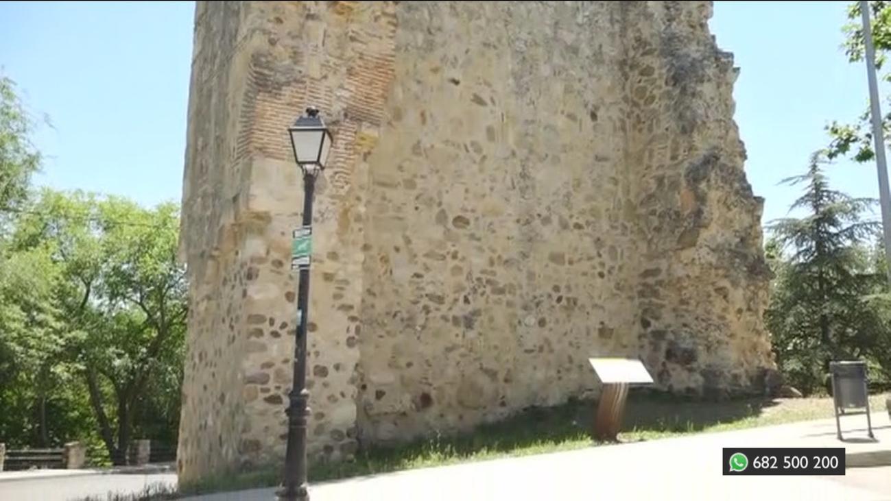 Hallan restos de piedras visigodas en la muralla de Talamanca de Jarama