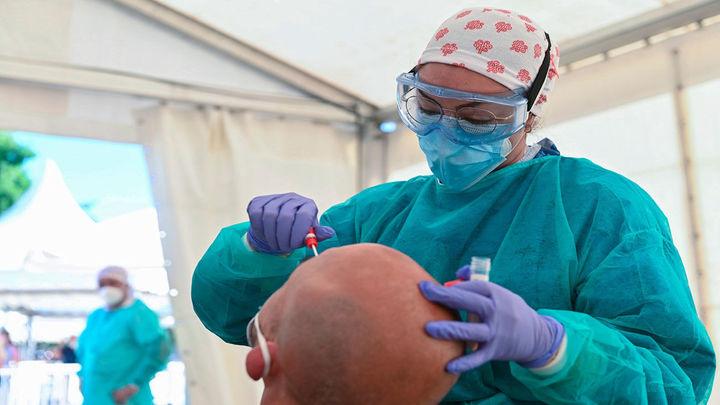 Sanidad registra 17 muertes y 174 nuevos contagios por coronavirus