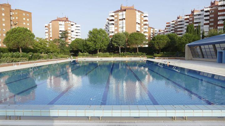 Las piscinas de Andrés Torrejón y Villafontana de Móstoles abrirán el 12 de junio con restricciones
