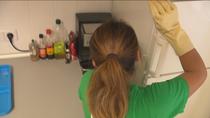 Las empleadas de hogar empezarán a cobrar las ayudas en julio