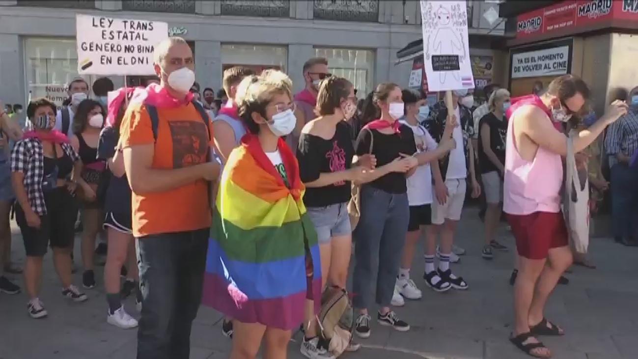 Cientos de personas reivindican en Madrid la tramitación de Ley Trans Estatal