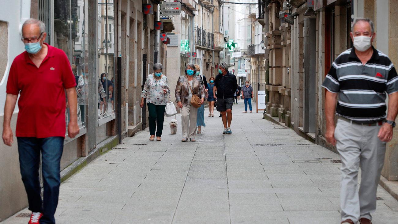 Galicia confina una comarca de Lugo y Cataluña prevé alargar el cierre en Lleida
