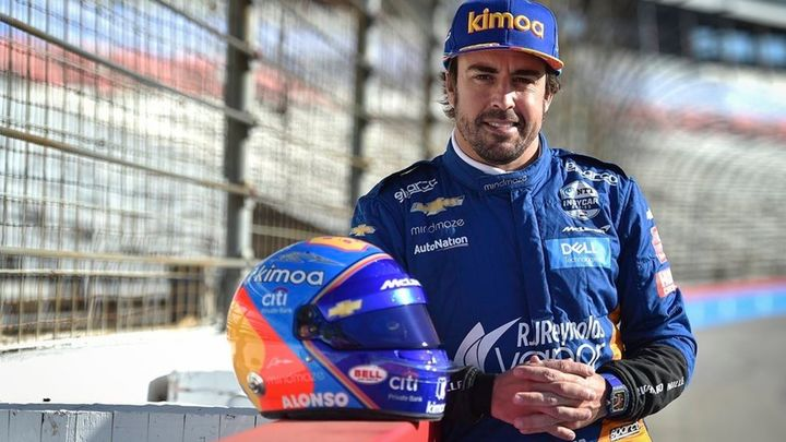 Fernando Alonso vuelve la Fórmula 1 de la mano de Renault