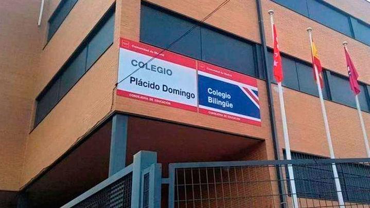 Arganzuela eliminará el nombre de 'Plácido Domingo' a su colegio público