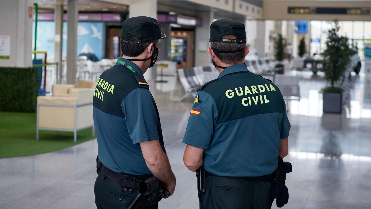 Agentes de la Guardia Civil