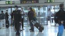 Polémica entre la Comunidad de Madrid y el Gobierno central por los controles de Barajas