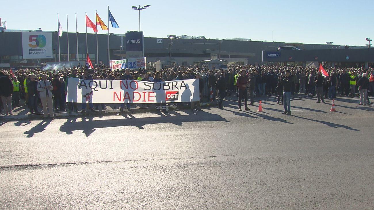 El comité de Airbus convoca huelga y manifestaciones el 23 de julio contra los despidos