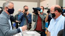 Los candidatos llaman a gallegos y vascos  a votar sin miedo al coronavirus