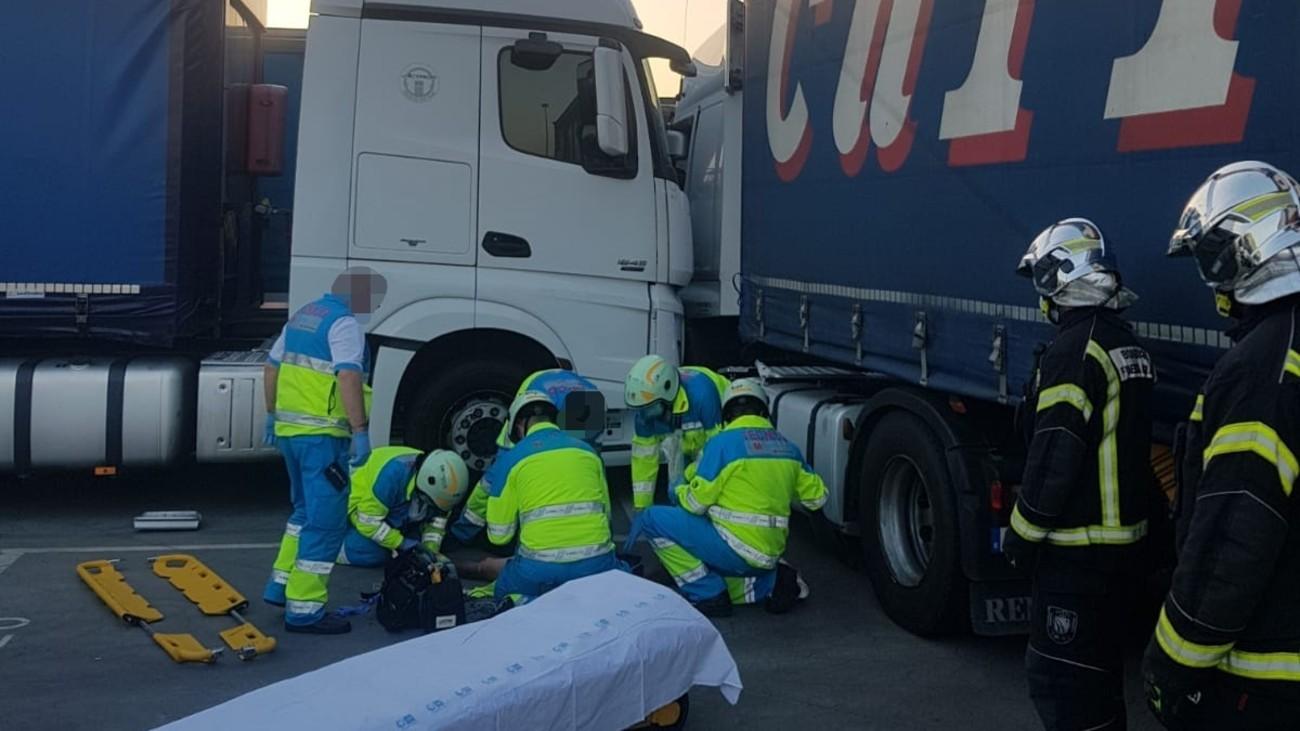 Accidente entre dos camiones