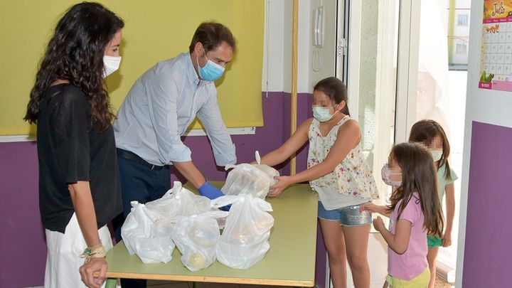 Torrejón pone en marcha el comedor escolar de verano para la atención de 204 menores