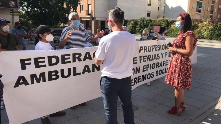 """Feriantes afectados por la suspensión de las fiestas de Móstoles piden """"trabajar"""""""