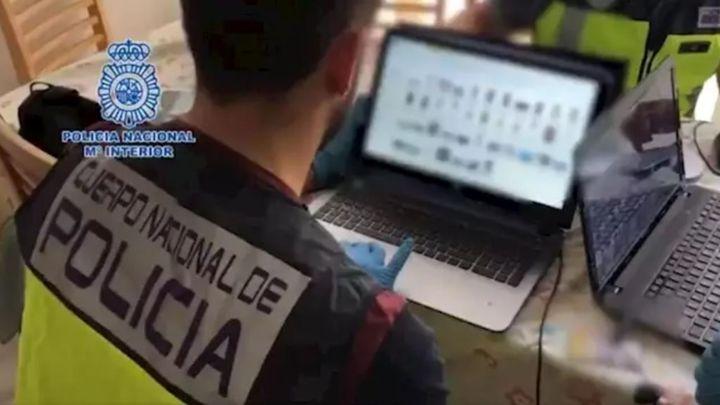 Cae en Madrid una banda que insertaba anuncios de sexo en webs para extorsionar a los interesados