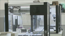 Estos son los robots que detectan el Covid 19 y pueden hacer más de un millón de pruebas el mes