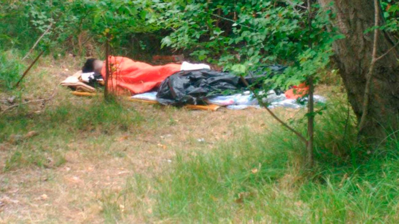 """Un campamento de """"ex 'menas'"""" en plena Casa de Campo asusta a los vecinos"""