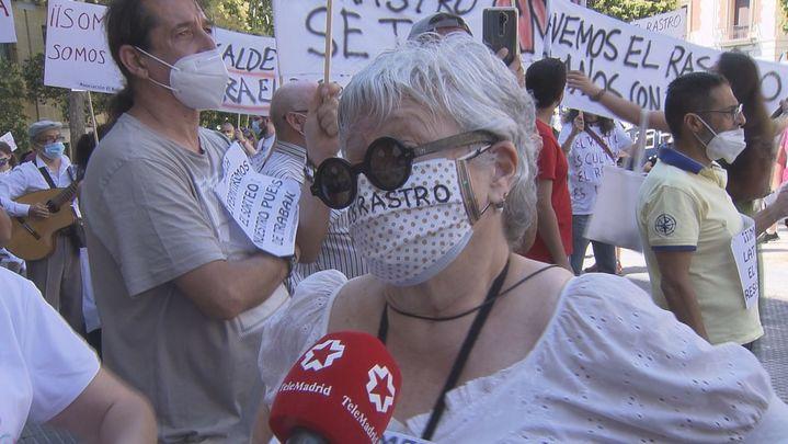 Los comerciantes del Rastro rechazan la propuesta del Ayuntamiento y se manifestarán  este domingo