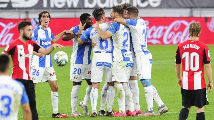 0-2. Guerrero, Assalé y el VAR dan una vida extra a un Leganés