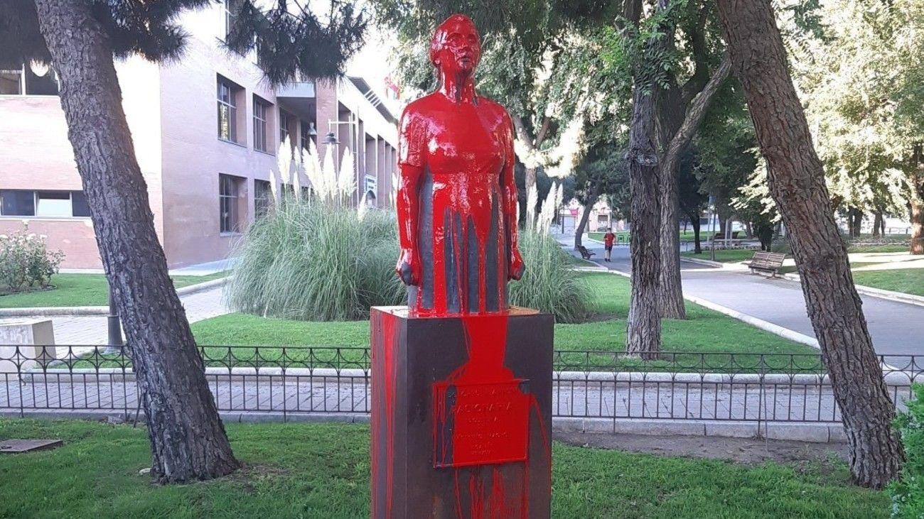 Estatua de La Pasionaria en Leganés