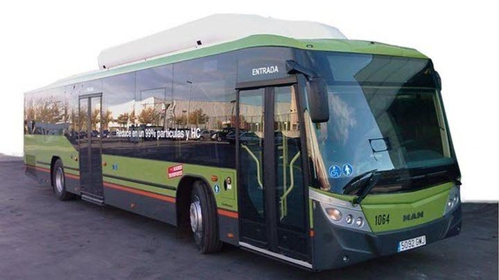 Cinco líneas de autobús conectarán este lunes Madrid con Alcorcón, Móstoles, Navalcarnero y  Villaviciosa tras la nevada