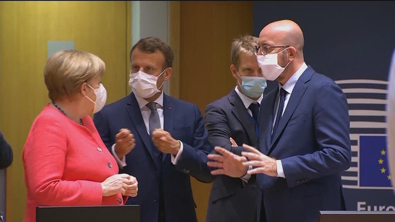 Los líderes europeos debaten una nueva propuesta de 390.000 millones en subvenciones del fondo de recuperación