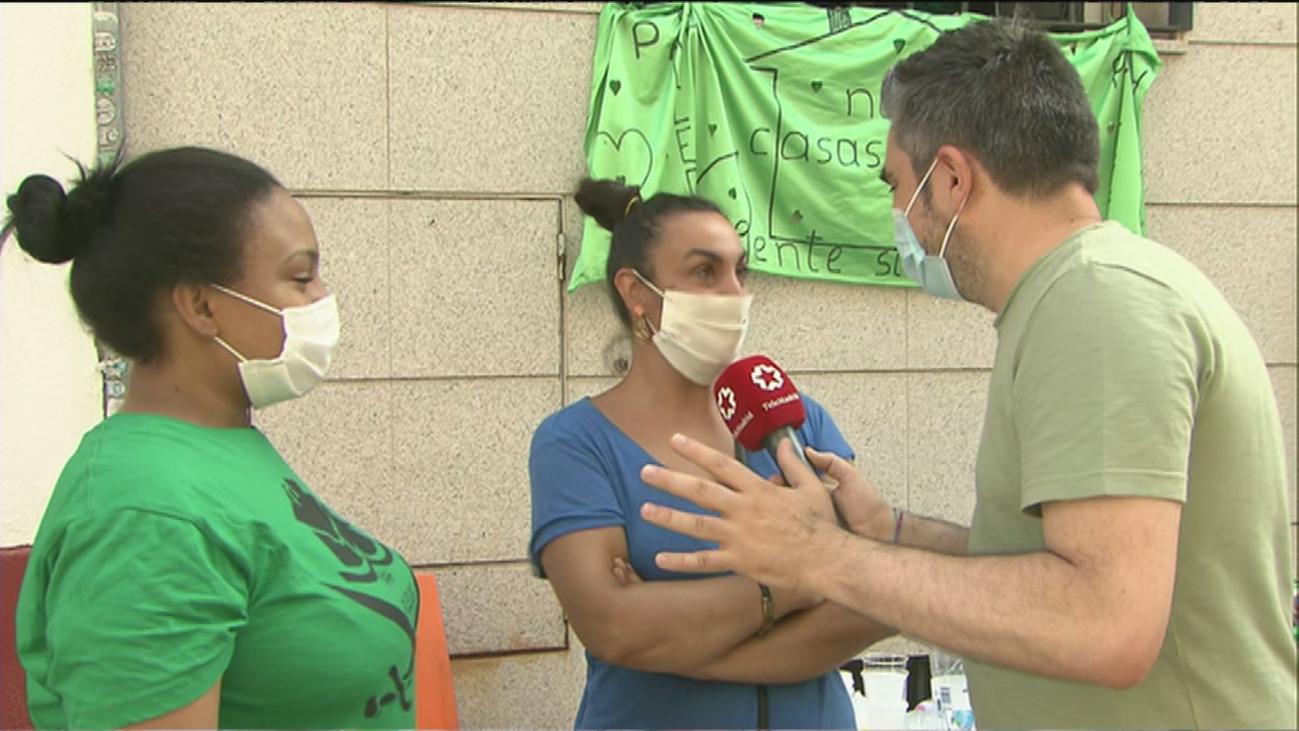 Paralizado un desahucio de tres familias en Puente de Vallecas