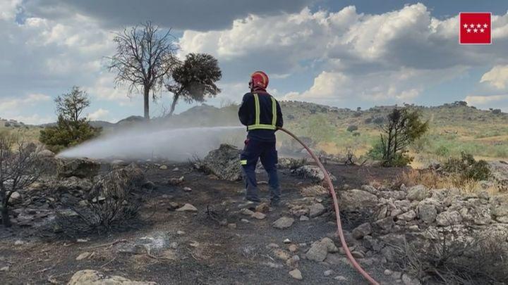 Controlado un incendio en Villa del Prado con 61 hectáreas quemadas