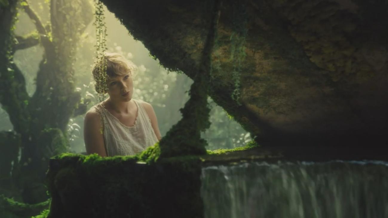 """Taylor Swift sorprende y enamora con """"Folklore"""""""